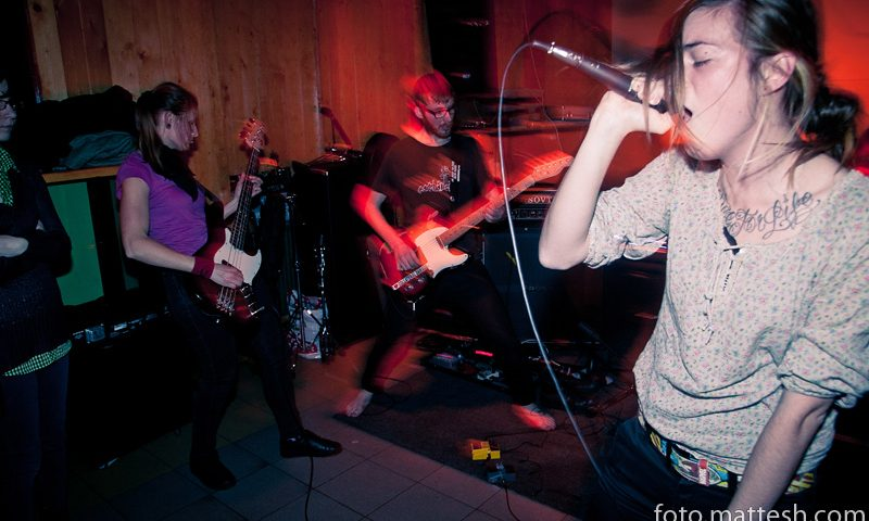 Gattaca crust punk hardcore praha